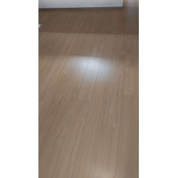 "<a href=""https://www.homepro.jp/yougo/ka/yogo_ka_001.html"" class=""replaced_keyword_link"" target=""_blank"">カーペット</a>から<a href=""https://www.homepro.jp/flooring/"" class=""replaced_keyword_link"" target=""_blank"">フローリング</a>への施工後の画像です。"