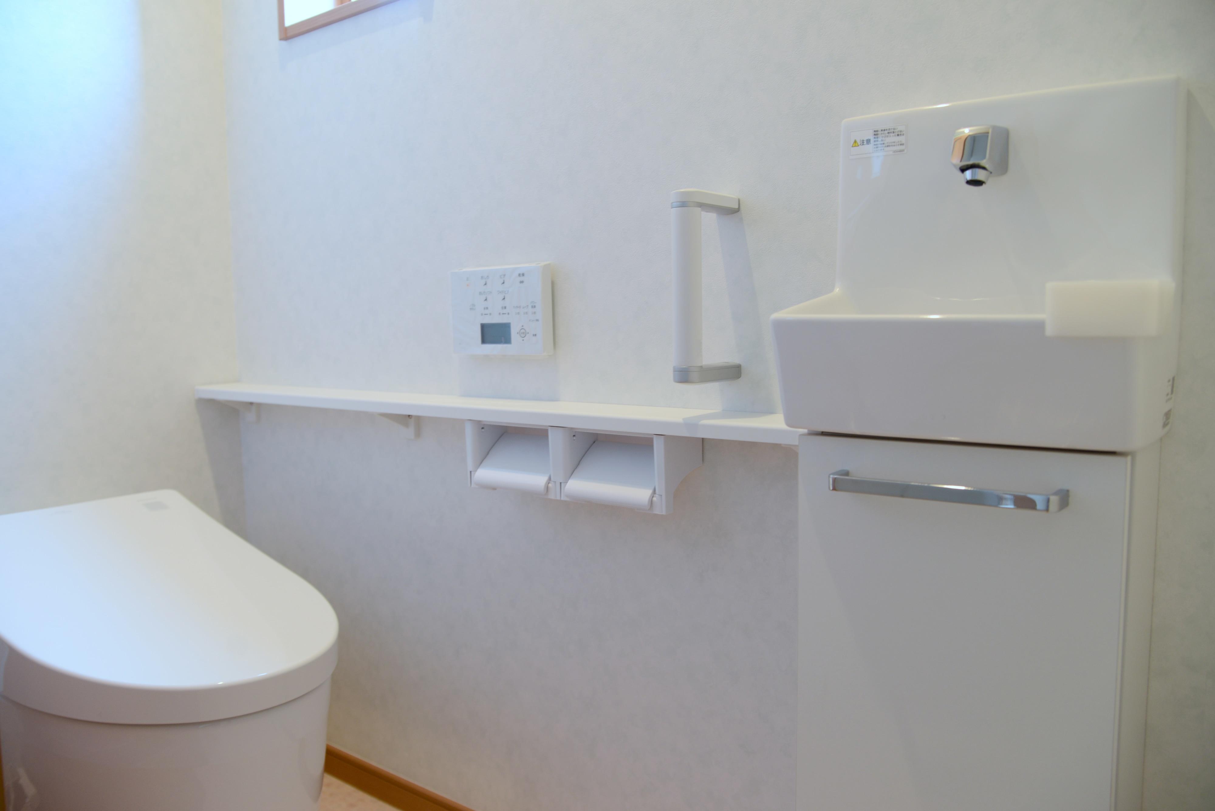トイレ 洗面の壁紙 壁 クロス選び リフォーム会社紹介サイト