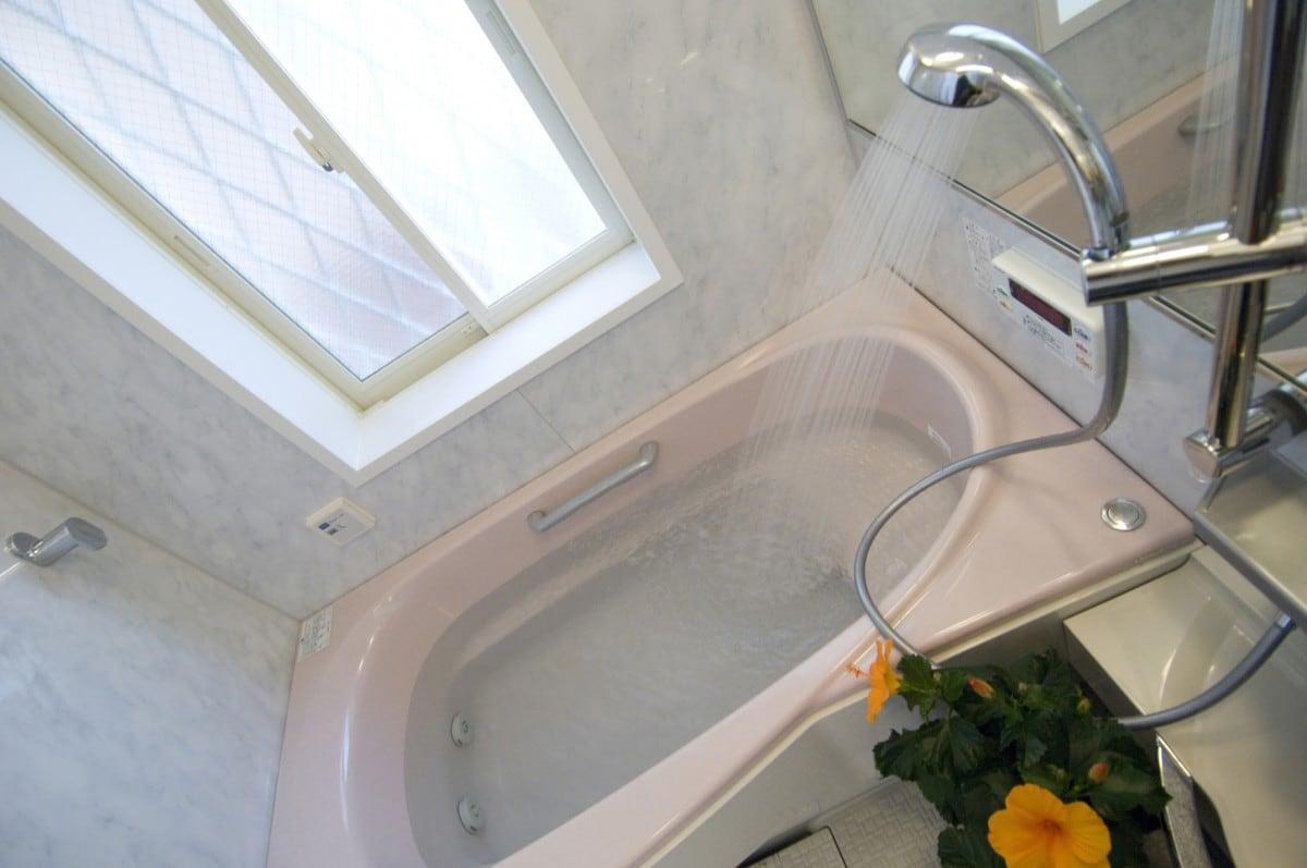 浴室 シャワー 水 栓 交換
